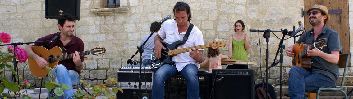 http://herrebouc.fr/wp-content/uploads/2016/03/concert-herrebouc-1-320-1136x320.jpg